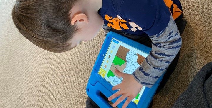 Child color matching on his tablet